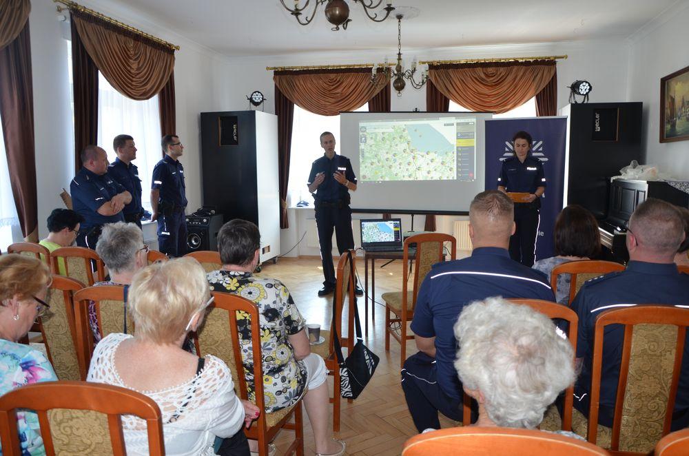 Wspólna debata policji i seniorów
