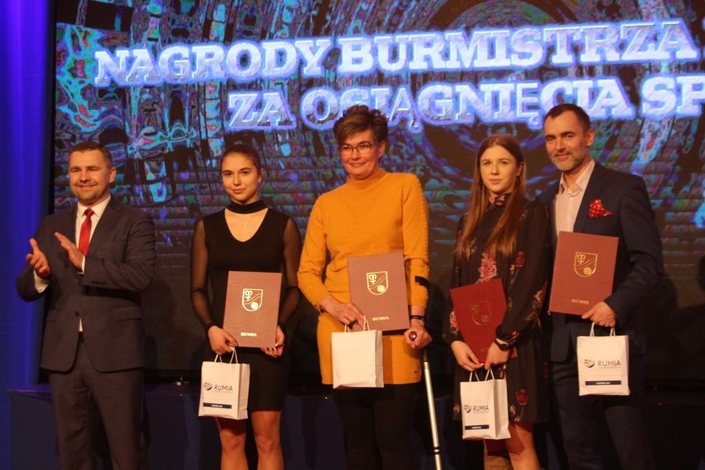 rumia rumska gala sportu sportowcy w rumi wyniki rezultat nagrody dla najlepszych sportowcow tymczasem w rumi