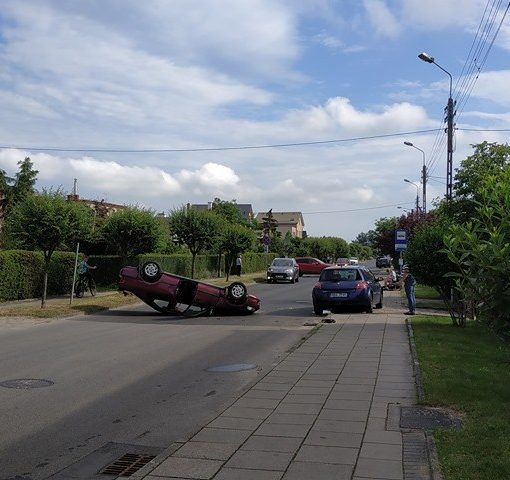 dachowanie auta kosciuszki rumia 2020 (1)