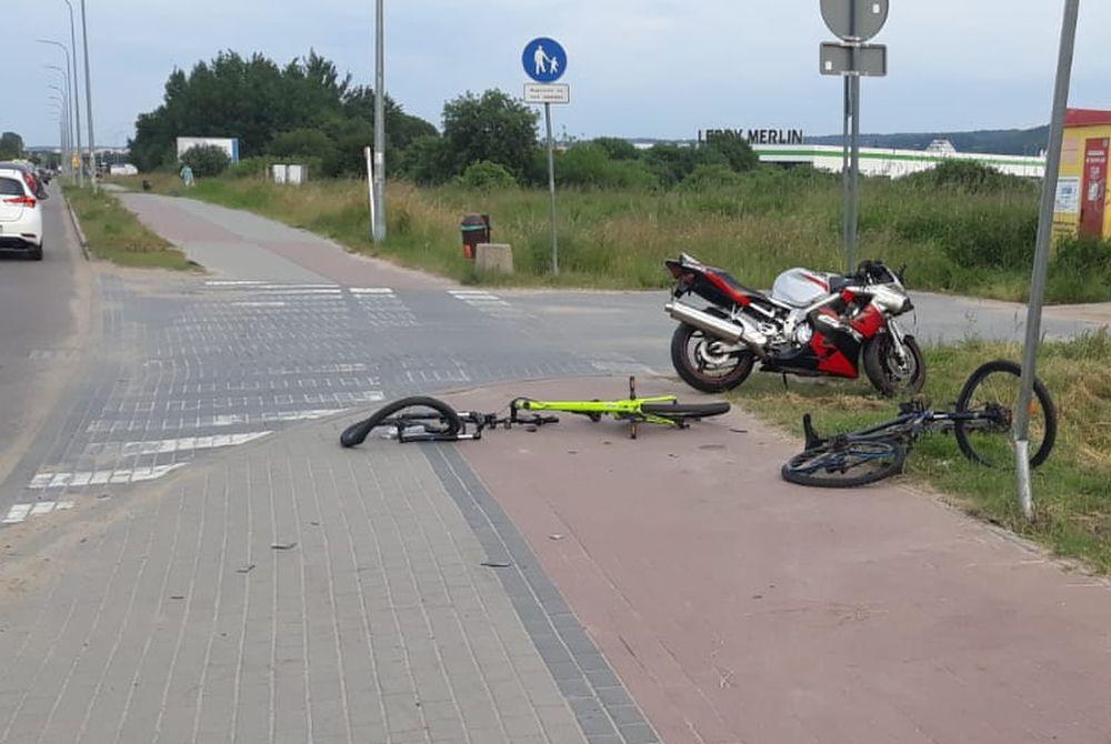 Rumia: motocyklista wjechał w dwóch rowerzystów