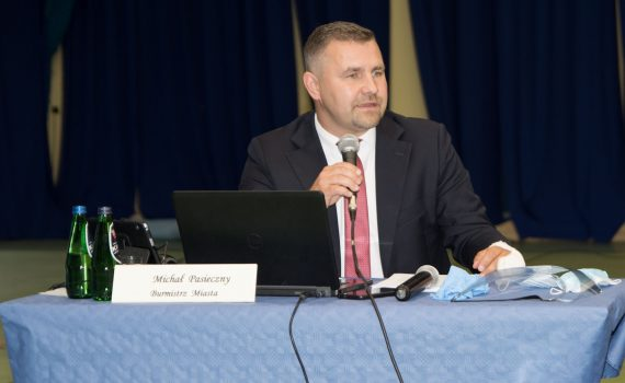 michal pasieczny burmistrz absolutorium rumia 2020