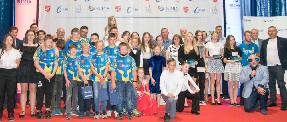 Znamy najlepszych sportowców i trenera w Rumi!